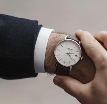 Fede ure til mænd der ikke sprænger budgettet