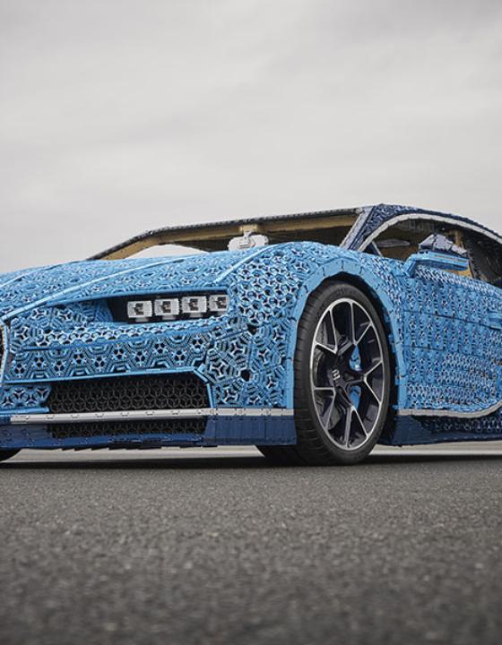 Verdens eneste 1:1 Bugatti bygget af LEGO®