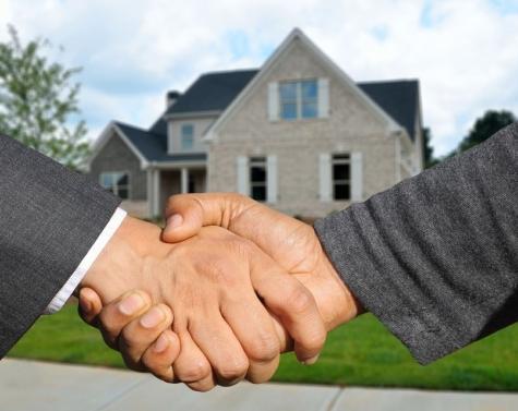 Selvsalg – 4 tips til hvordan du sælger boligen på egen hånd